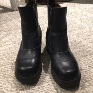 Size 8 Harley Davidson boots for ladies